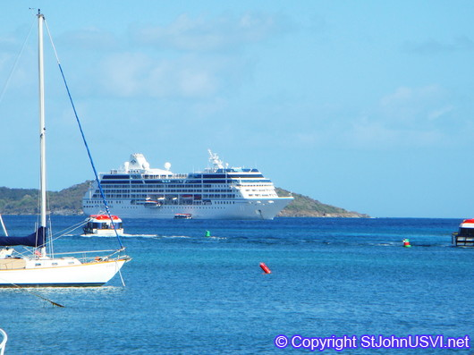 Cruise ship in Cruz Bay