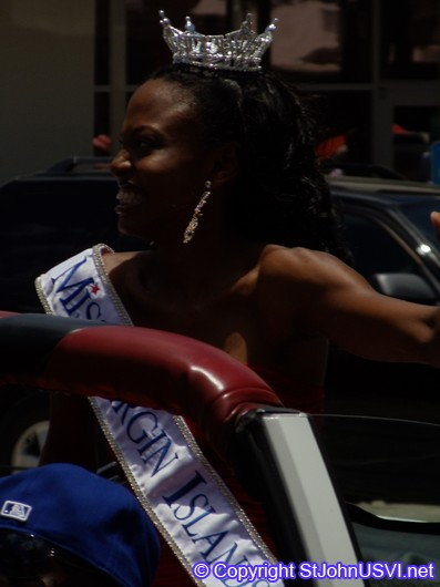 Miss Virgin Islands 2010, Close Up