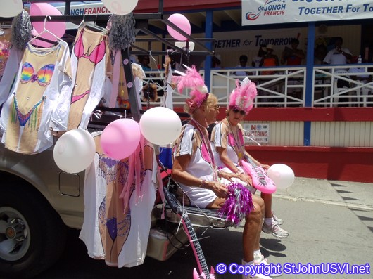 MAM members getting a ride
